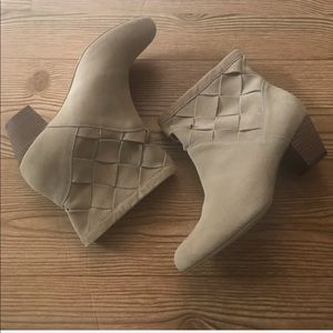 Corso Como Women's Suede Bedford Nude Ankle Boots